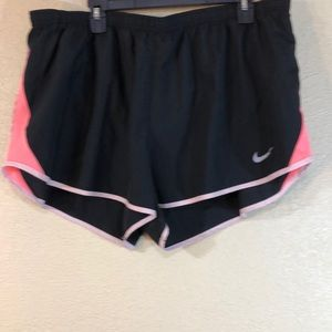 Nike Dri Fit Shorts Black Pink Size 2X